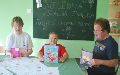 Šolski projekt: Sladoledna bralna značka / Iskola projekt: Fagyizó olvasási verseny