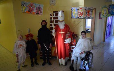 Obiskal nas je Sveti Miklavž/ Meglátogatott bennünket a Mikulás