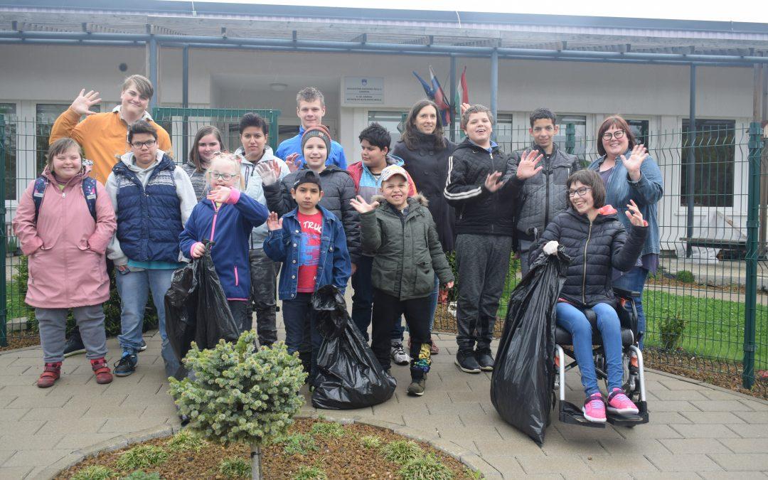 Očiščevalna akcija »Očistimo Lendavo« tudi na naši šoli/ Tisztítási akció iskolánkon is