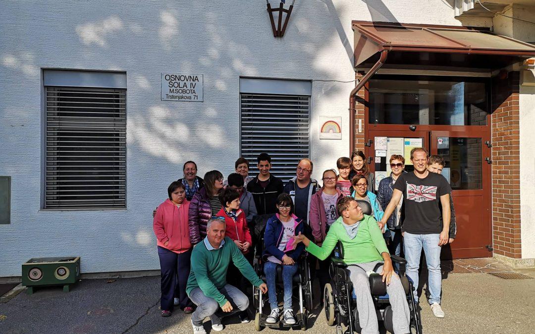 Obisk učencev OŠ IV v Murski Soboti/A muraszombati IV.Sz. iskola tanulóinak meglátogatása