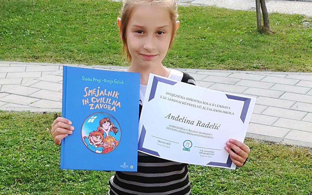 Sprejem prvošolke v šolsko skupnost / Az elsősök befogadása az iskolaközösségbe